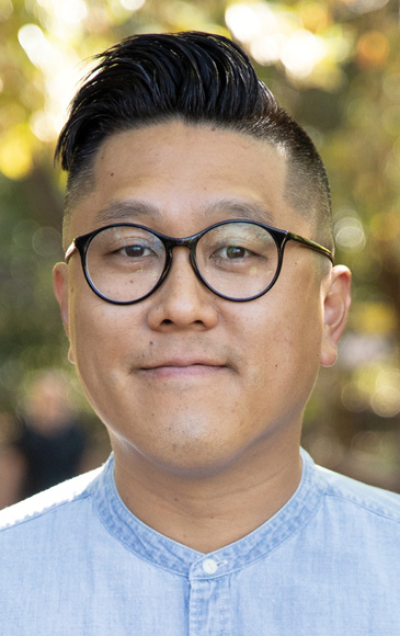 Jay Y. Kim Signs Contract with IVP for Follow-Up to Analog Church
